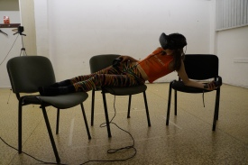 Lindsey Drury in rehearsal for Atelierhaus Droste